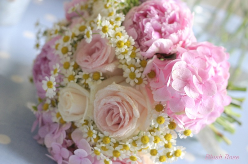 Vintage-wedding-flowers-Manchester-www.blushrose.co_.uk-Shabby-Chic-Blooms